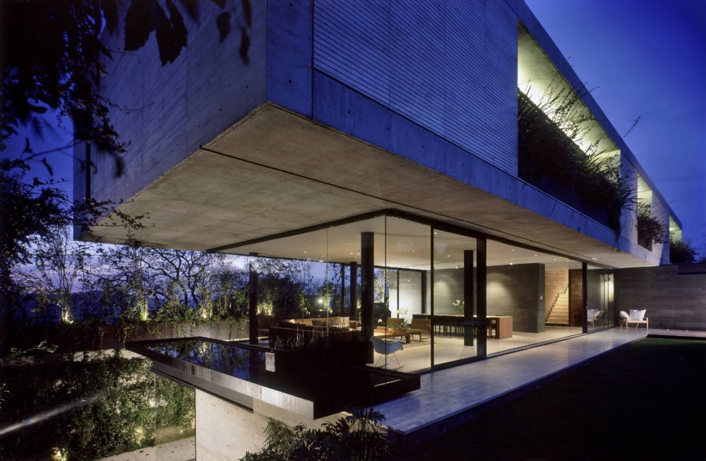 Concrete Glass House In Mexico City Little Bennet